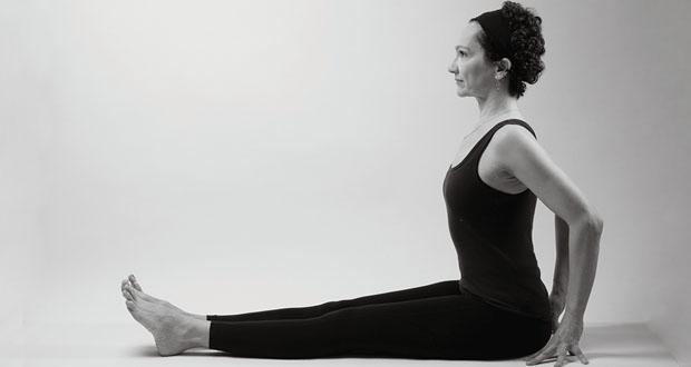 dandasana yoga dureri spate sciatica