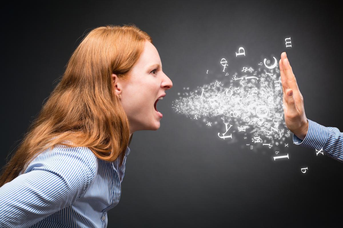 despartire agresivi psiholog